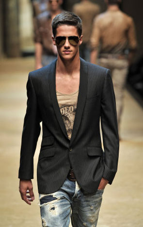 Style to a T (D AND G By Dolce et Gabbana, Milan, June 2009)